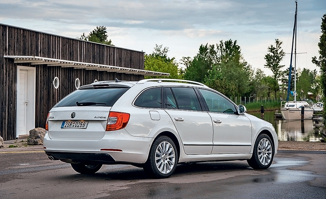 Skoda Superb 2 FL универсал